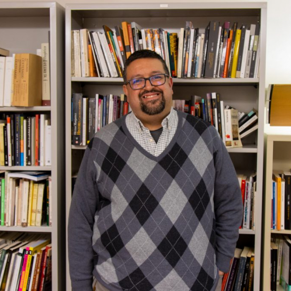 Changing narratives: WU professor named Library of Congress Kluge Chair