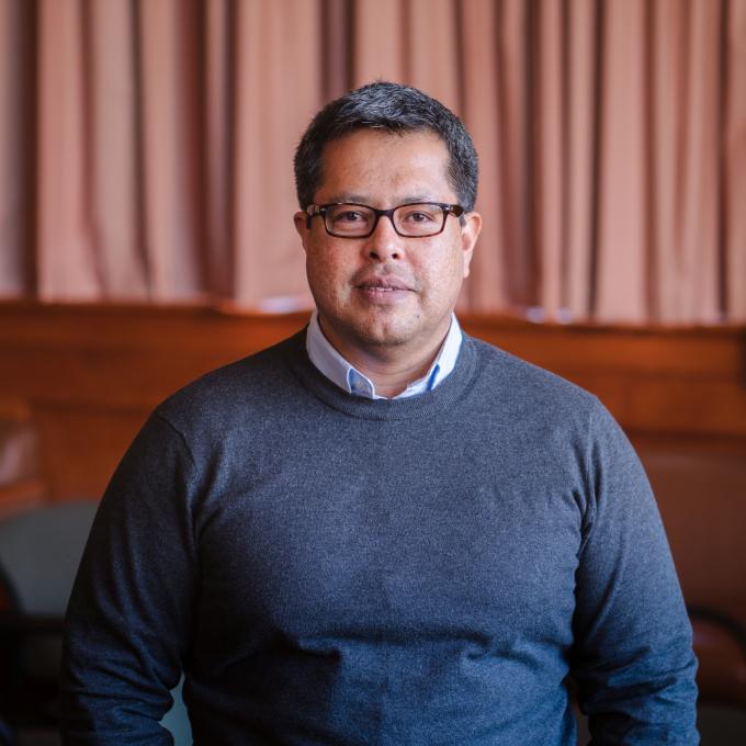 Headshot of Javier Garcia-Liendo